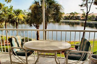 FALLING WATERS CONDO IN NAPLES