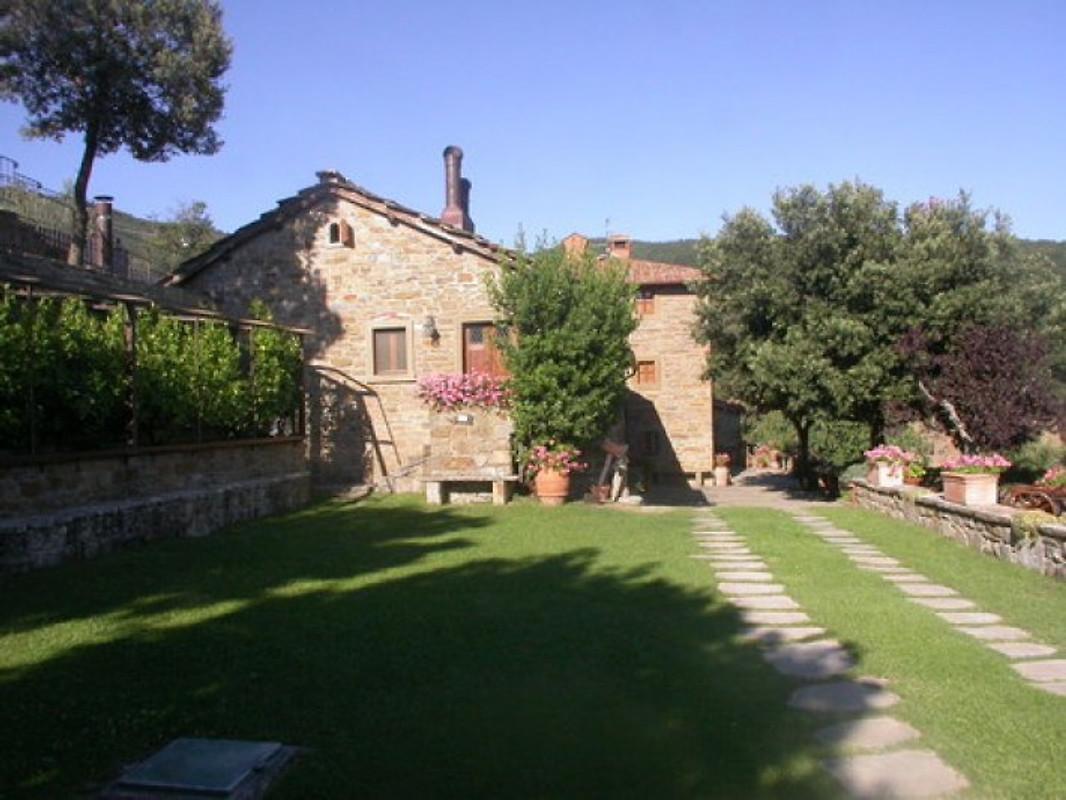 Ferme col di leccio appartement cortona louer for Acheter une maison en toscane italie