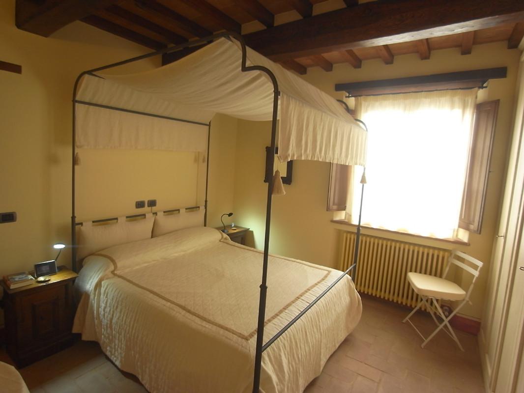 Casa melodia come con il cane casa vacanze in cortona for Semplice casa con 3 camere da letto piani kerala