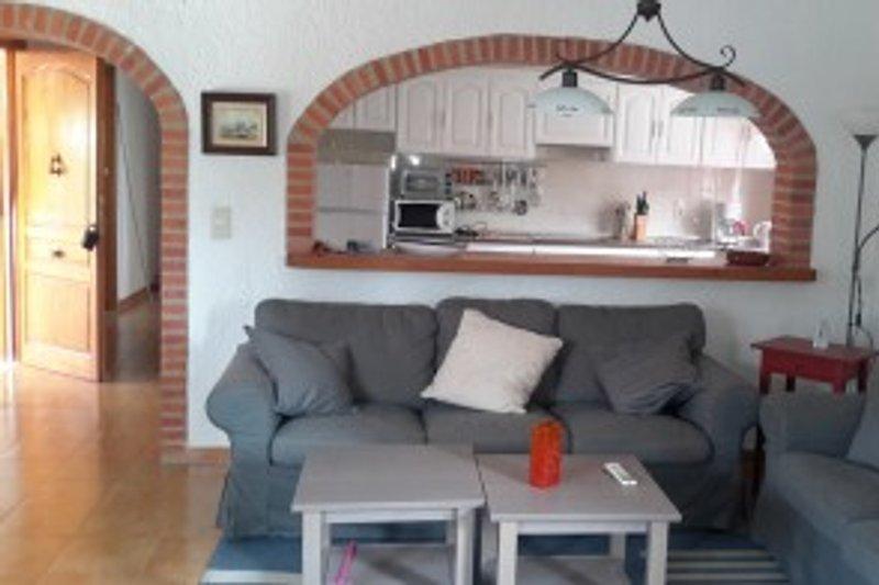 buena casa ferienhaus in els poblets mieten. Black Bedroom Furniture Sets. Home Design Ideas