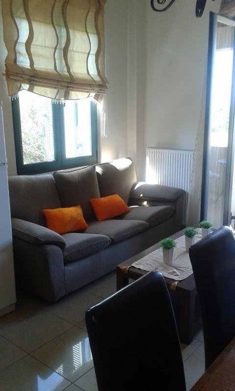 wohnen wie zuhause mit meerblick ferienwohnung in chorafakia mieten. Black Bedroom Furniture Sets. Home Design Ideas