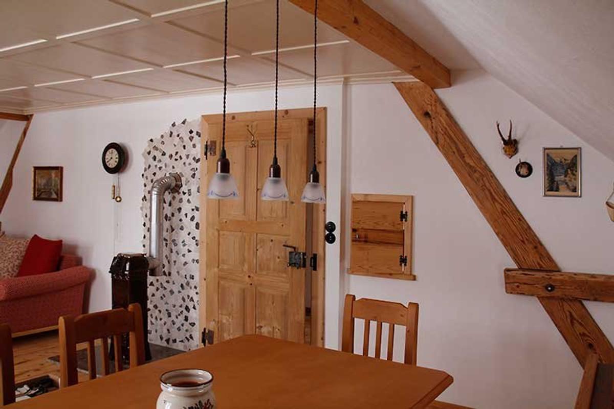 heim 39 s h usle ferienwohnung cilly ferienwohnung in maierh fen mieten. Black Bedroom Furniture Sets. Home Design Ideas