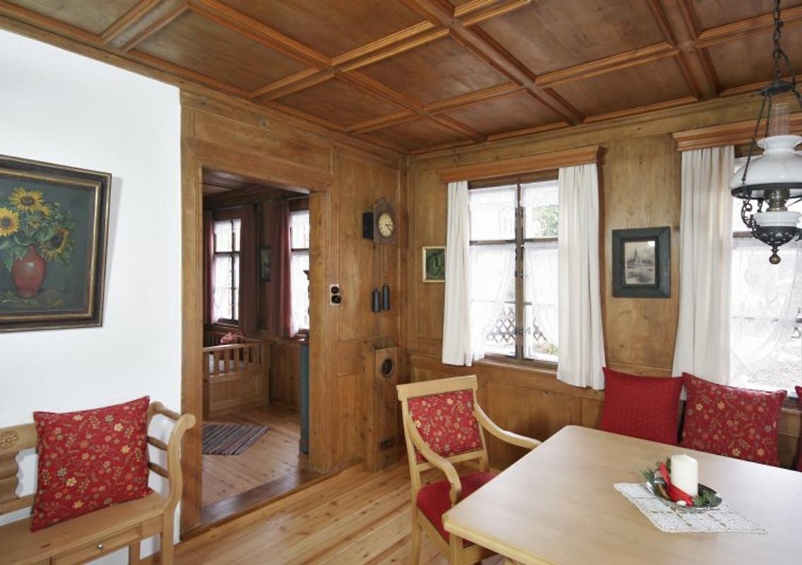 heim 39 s h usle ferienwohnung alfons ferienwohnung in maierh fen mieten. Black Bedroom Furniture Sets. Home Design Ideas