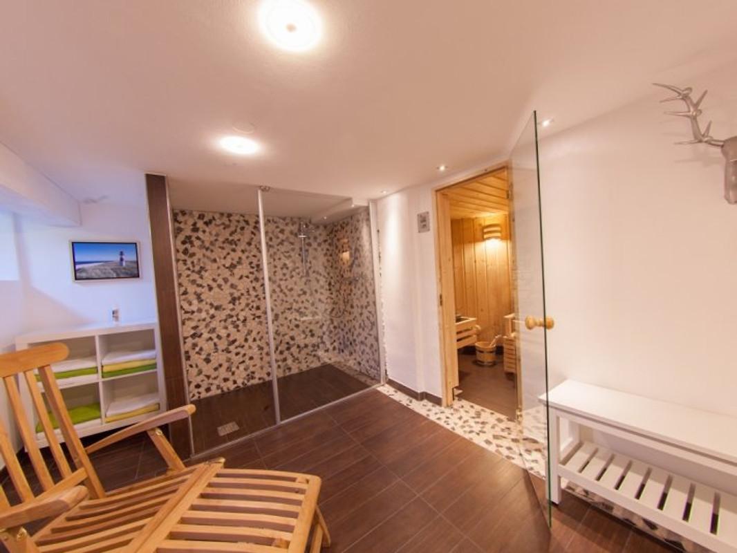 ferienhaus margret mit sauna ferienhaus in winterberg mieten. Black Bedroom Furniture Sets. Home Design Ideas