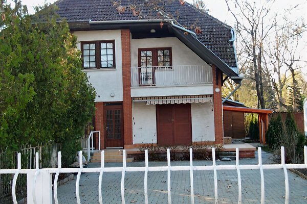 Holiday home in Balatonszemes - picture 1