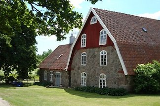 The old dairy is one of the buildings of Skarups Gård (SK