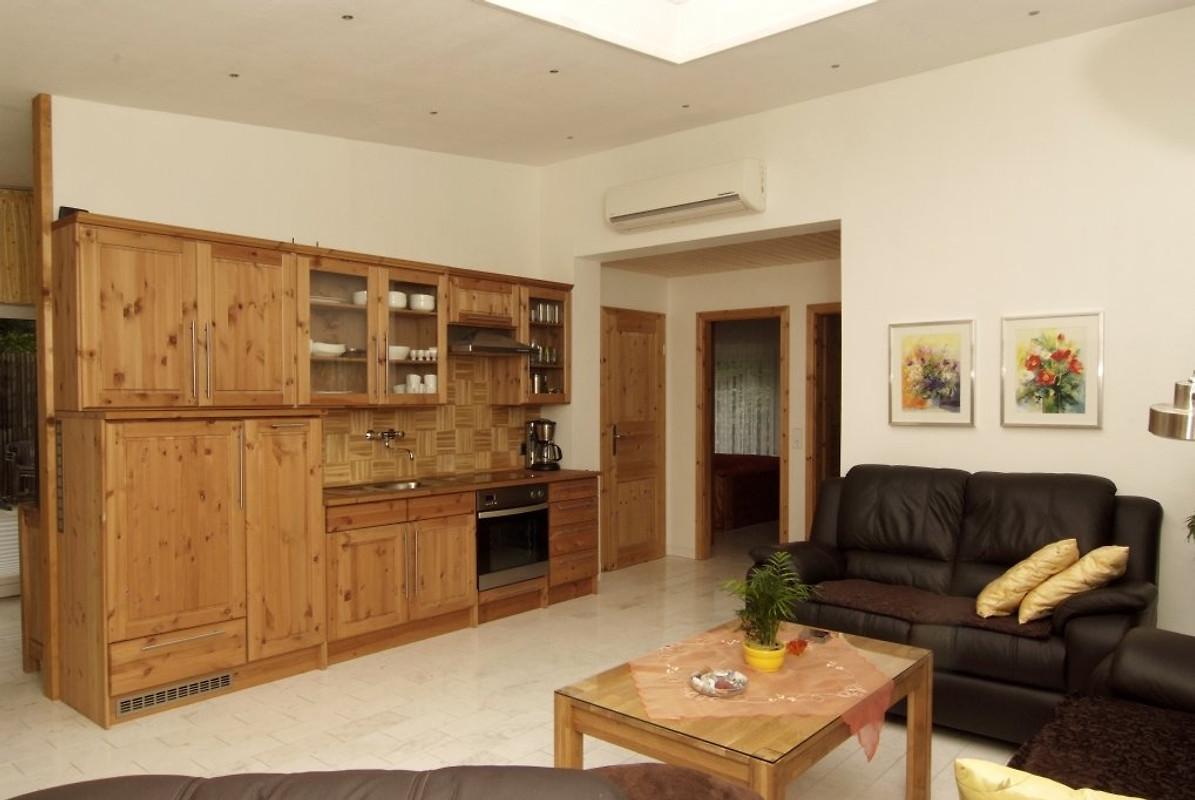 komfort ferienhaus reiland ferienhaus in k penick mieten. Black Bedroom Furniture Sets. Home Design Ideas
