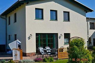 Großzügige Ferienwohnung für bis zu maximal 6 Personen in Binz