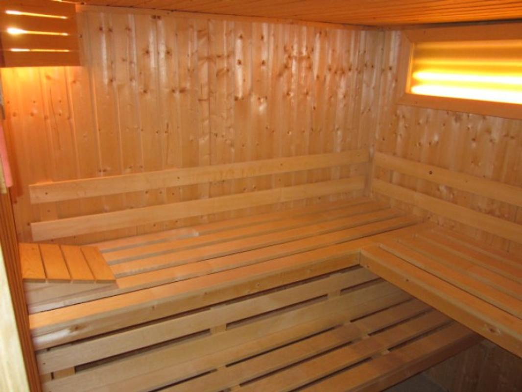 ferienhaus seehase mit sauna ferienhaus in norddeich norden mieten. Black Bedroom Furniture Sets. Home Design Ideas