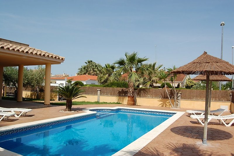 Privatpool Villa Alvaro