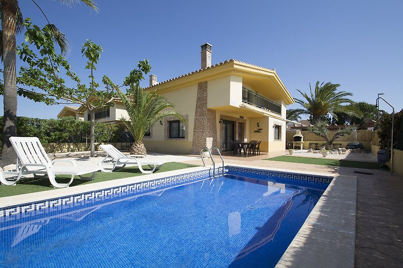 Villa Moreno