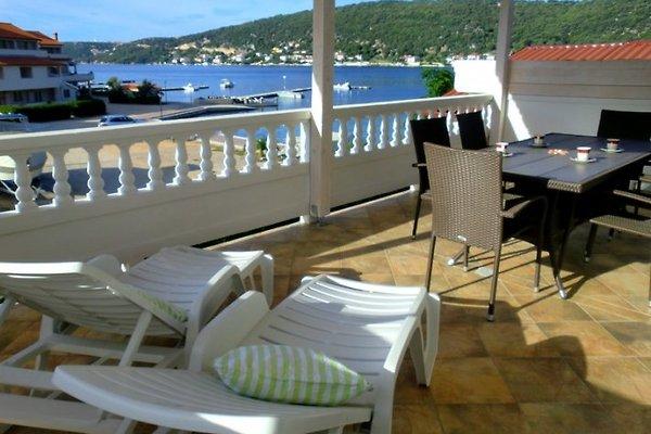 Appartements Gurman , bord de mer à Supetarska Draga - Image 1