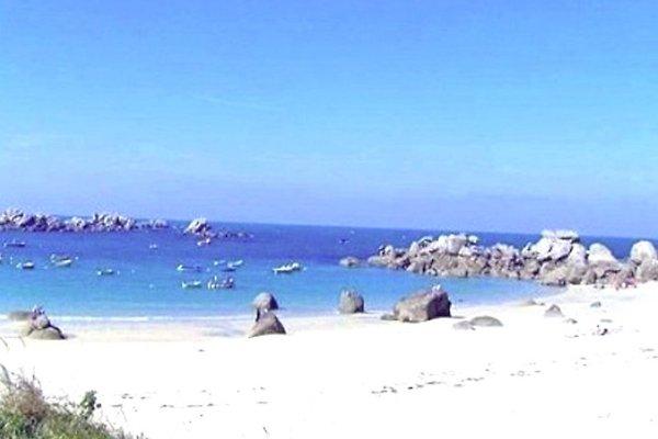 Casa a 130 m de una  bella playa en Landeda - imágen 1