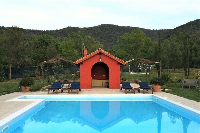 Casa Peperoncino - Pool mit Poolhaus