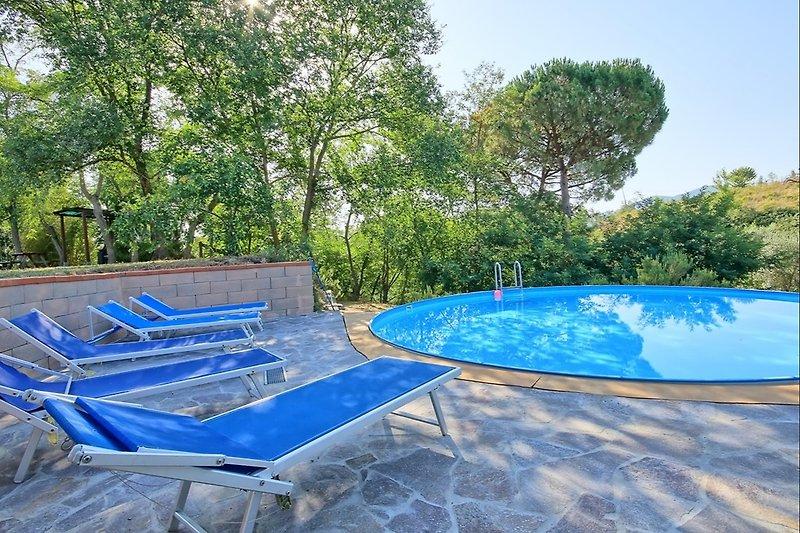 La Fattoria-Francesco  Sonnen-Terrasse beim Pool