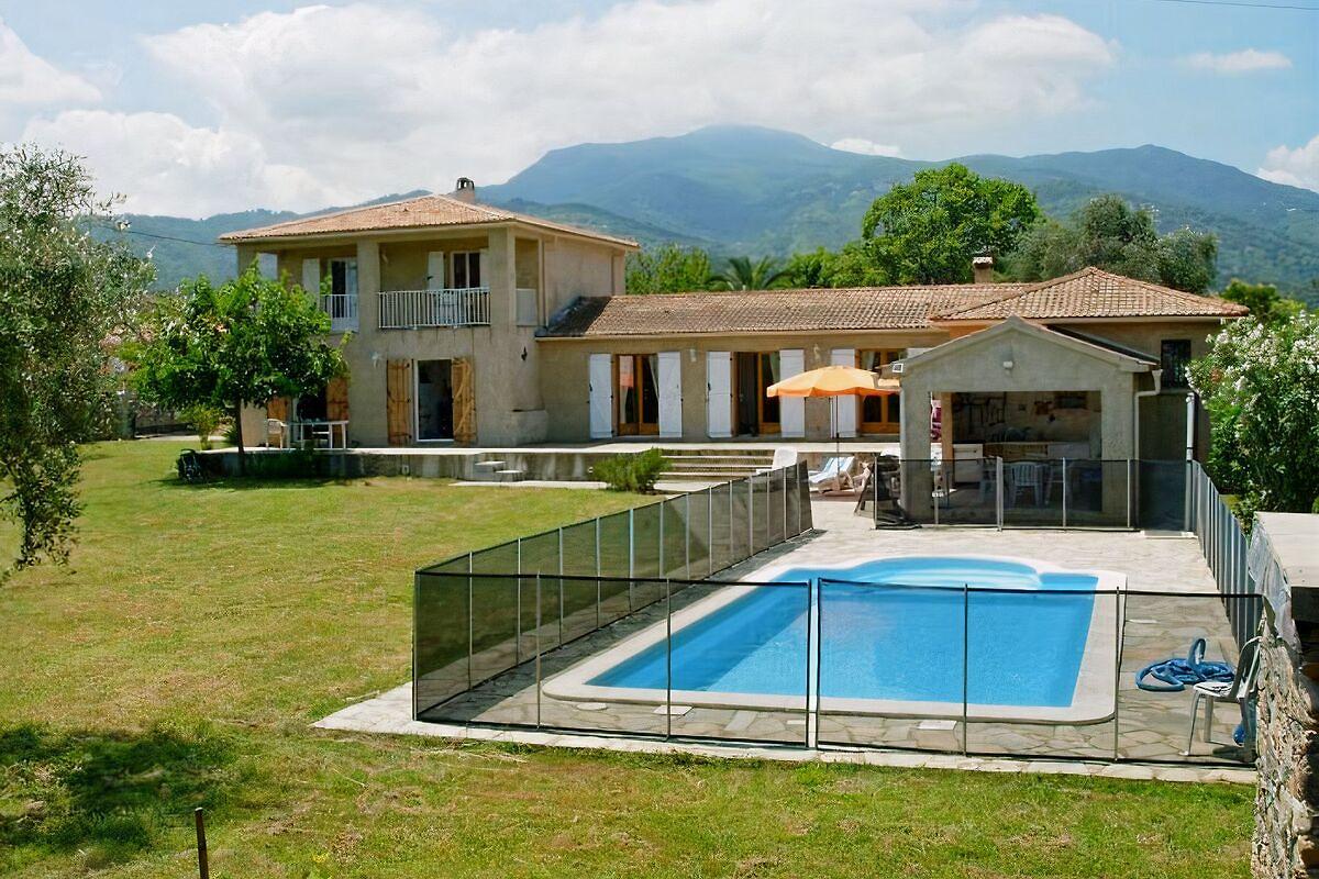 Villa Miramonte, Sommerküche, Pool - Ferienhaus in Querciolo mieten