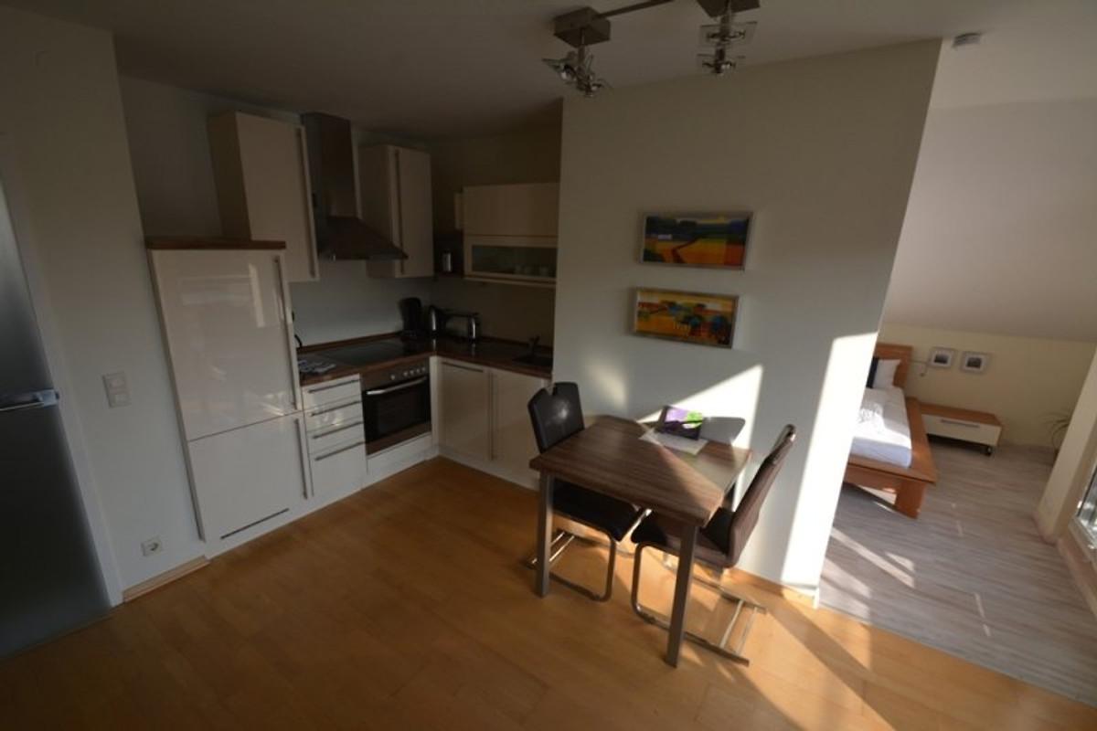 auf der sonnenseite von linz dg 4 ferienwohnung in linz am rhein mieten. Black Bedroom Furniture Sets. Home Design Ideas