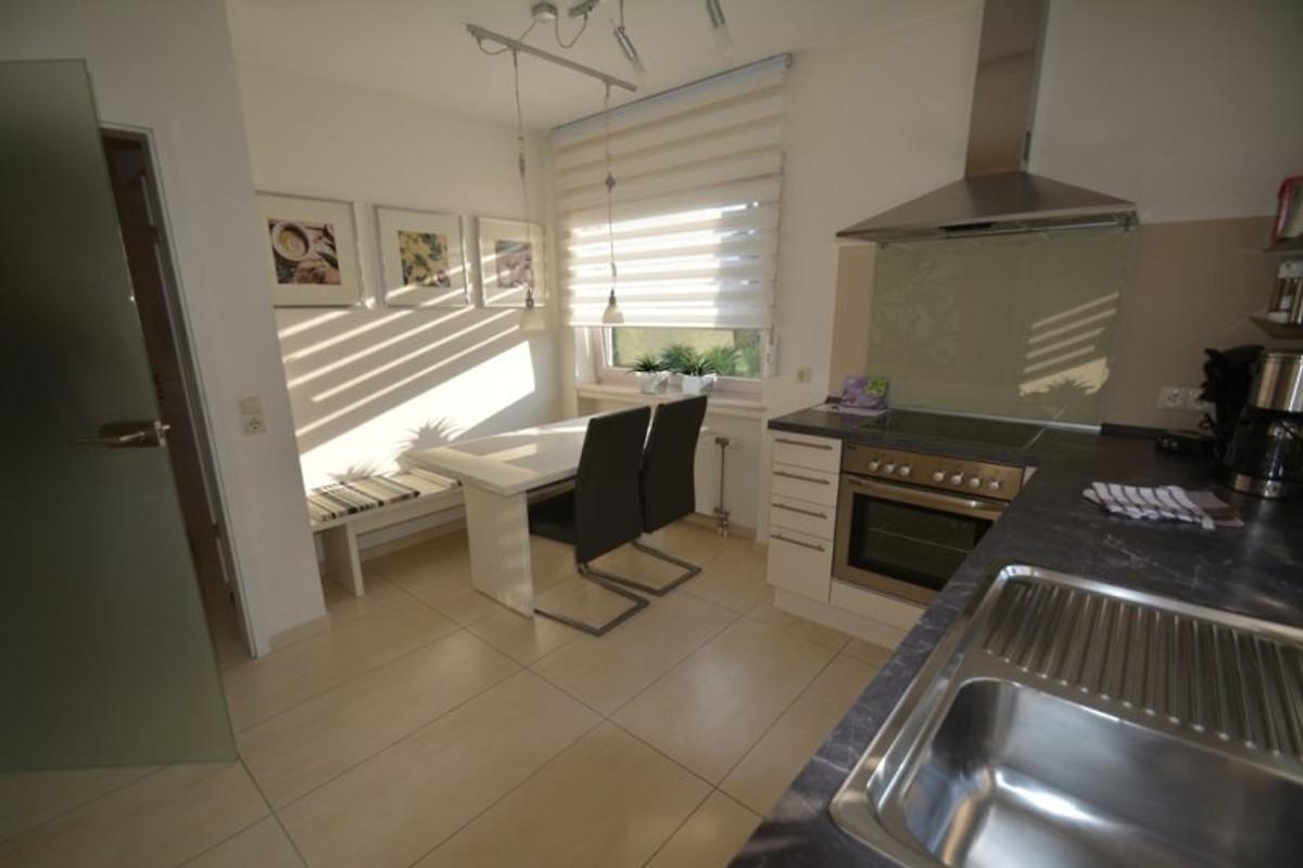 auf der sonnenseite von linz eg 5 ferienwohnung in linz am rhein mieten. Black Bedroom Furniture Sets. Home Design Ideas