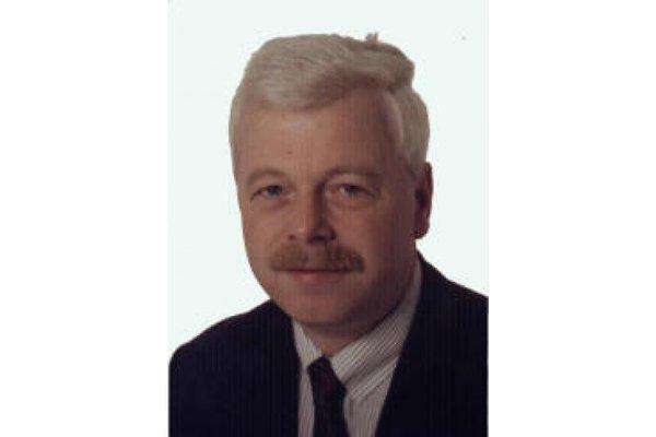 Mr. W. Schneider