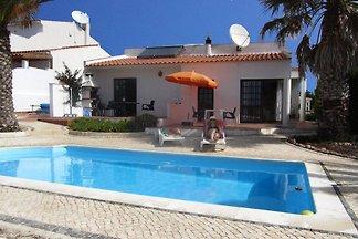 Casa Janela, piscine, vue sur la mer