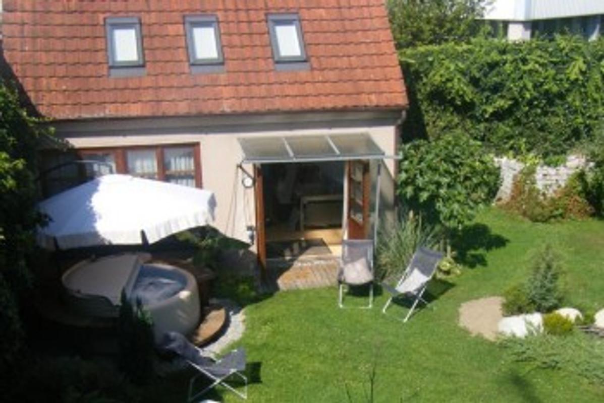 atelierhaus odesi weber ferienwohnung in friedrichshafen mieten. Black Bedroom Furniture Sets. Home Design Ideas