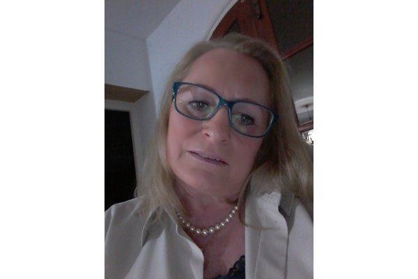Frau W. Kürzinger-Fer