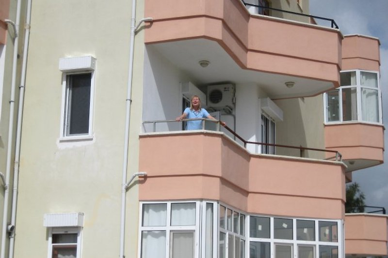 Balkon vor den Schlafzimmern