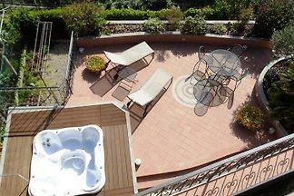 Villa Delmi-Mari con Whirlpool