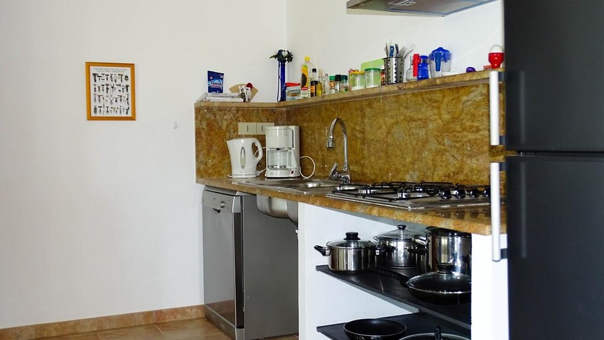 ligurcasa 3 apartments mit pool ferienhaus in dolcedo. Black Bedroom Furniture Sets. Home Design Ideas