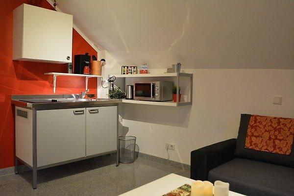 messezimmer und fewo bei d sseldorf ferienwohnung in ratingen mieten. Black Bedroom Furniture Sets. Home Design Ideas