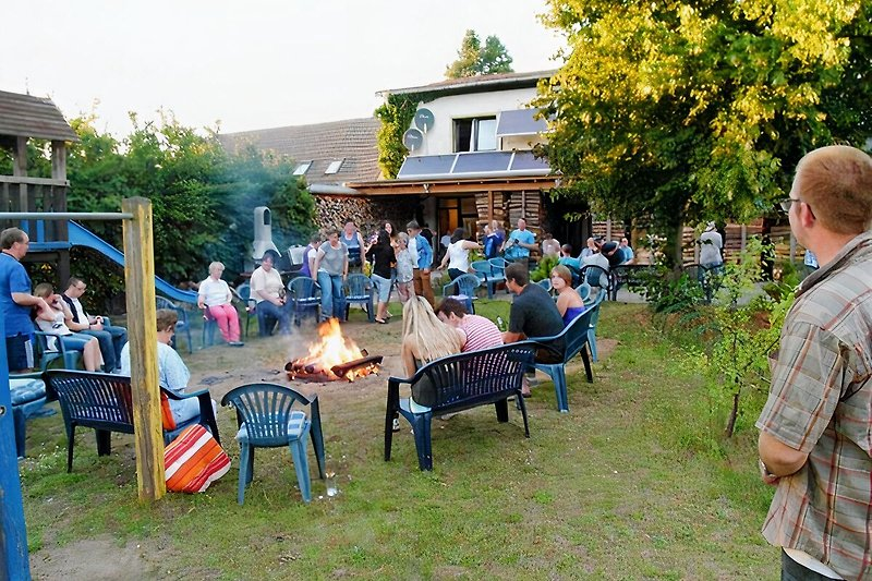 Entspannung am Lagerfeuer