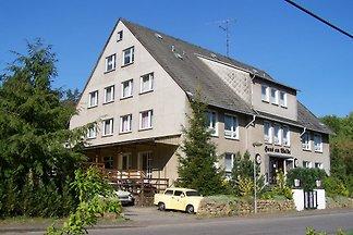 Gruppen-Ferien-Haus-Borkow-am-Walde