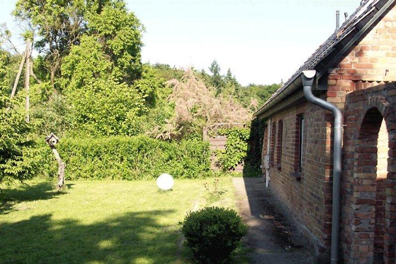 Vorgarten vom Waldhaus