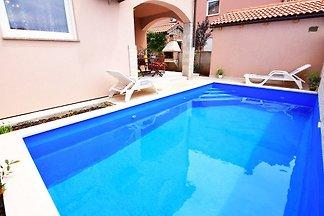 Maison KIKA pour 8 personnes avec piscine