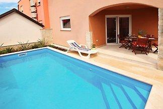 Ferienhaus KIKA fur 8 mit Pool