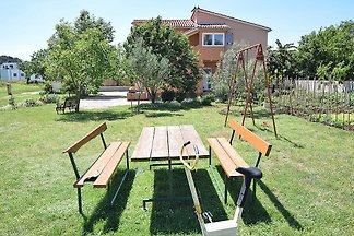 Apartment MARICA fur 6-8 mit Garten