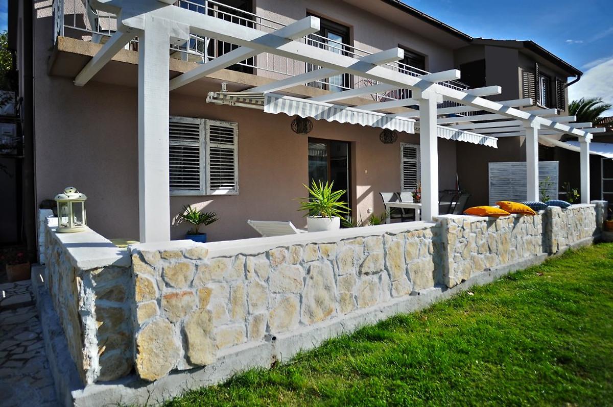 ANA per 4-6 con giardino, spiaggia di sabbia - Appartamento in Pula affittare