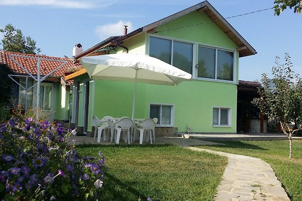 Villa Dimov in Varna - picture 1