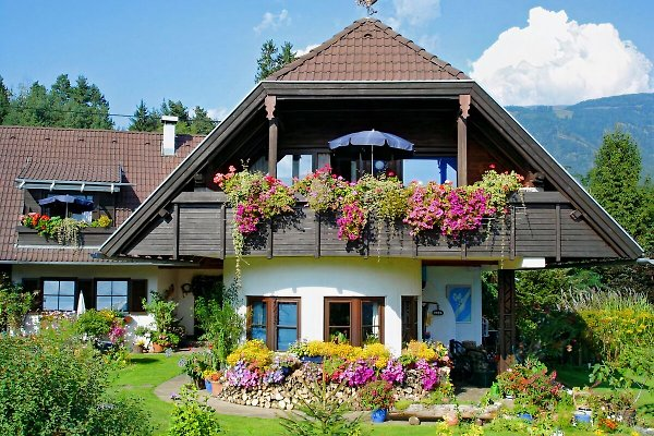 Haus Krista & Landhaus Egger in Seeboden am Millstätter See - immagine 1