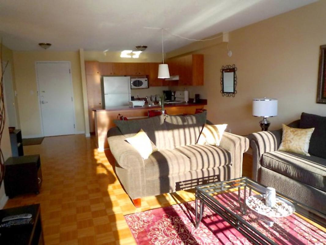 Short Term Furnished Suites Holiday Home In Kirkland
