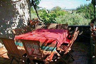 Altes Natursteinhaus mit  3000m² Obstgarten und viel Komfort, in einem reinen Wohngebiet gelegen und sehr ruhig.