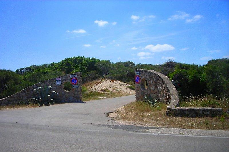 Zufahrt zum Dorf