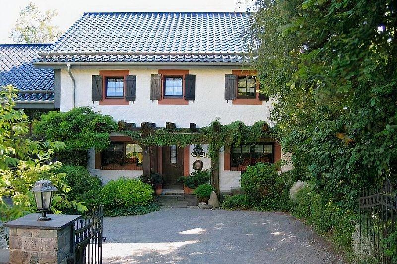 Haus - Einfahrt