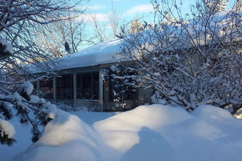 Villa Gården im Schnee