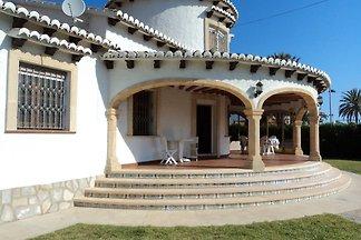 Villa Rani Rosa 50 m zum Strand