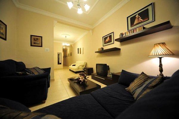 Rena's Apartment à Sliema - Image 1