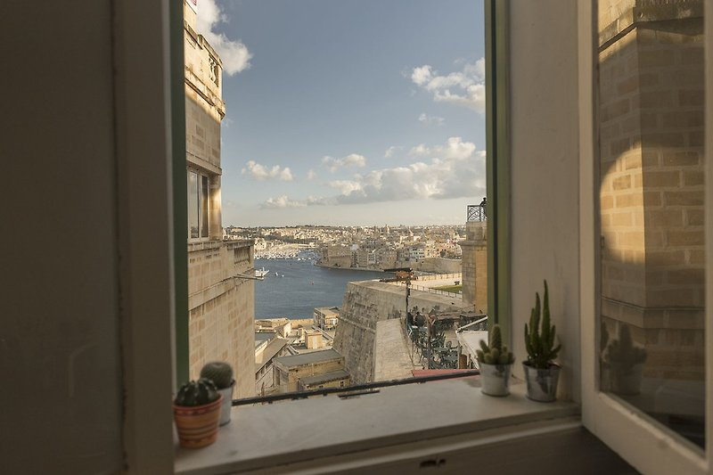 View to the Grand Harbour from the kitchen