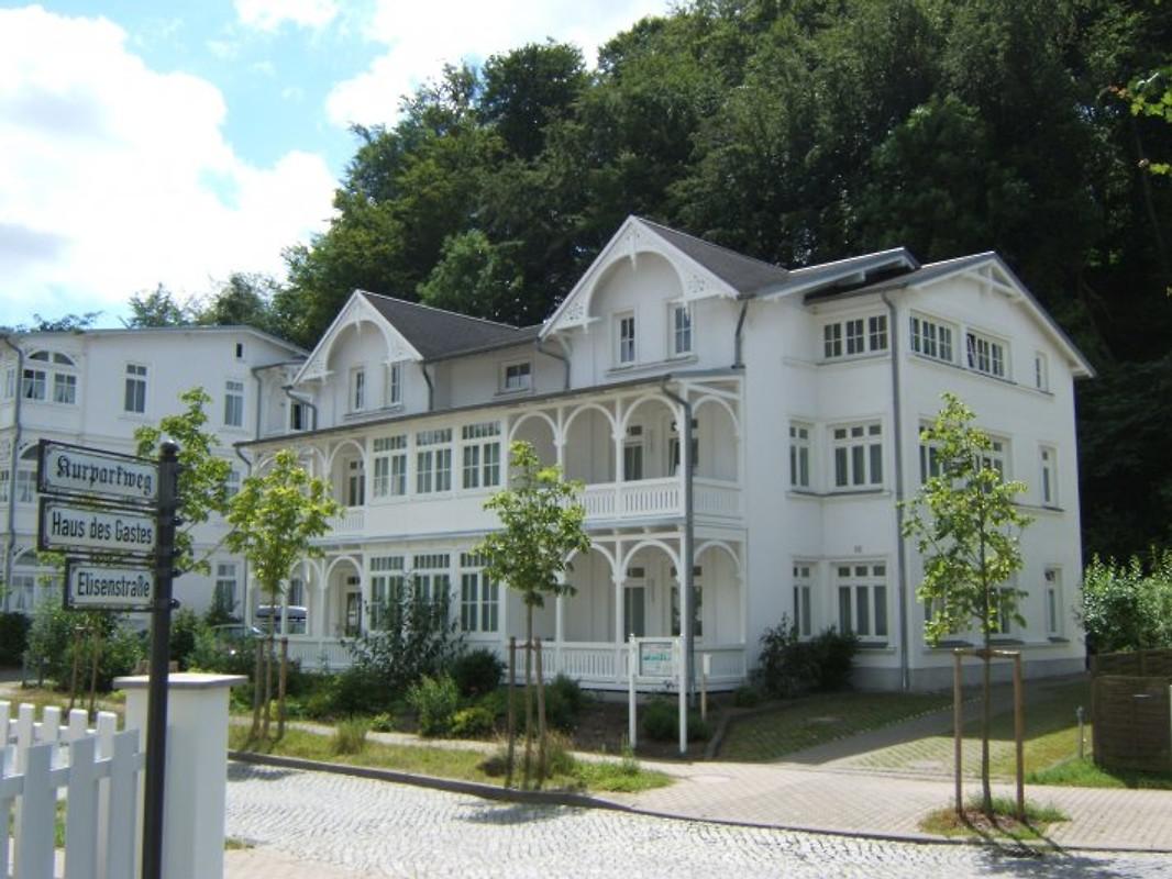 2 zi fewo villa amanda binz ferienwohnung in binz mieten. Black Bedroom Furniture Sets. Home Design Ideas