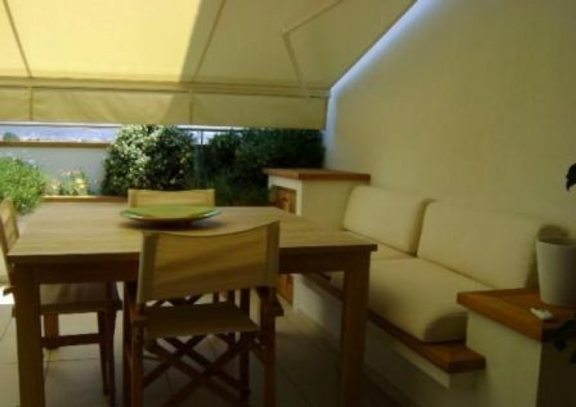 Cottage penthouse bella sardegna casa vacanze in olbia for Piani inglesi della casa del cottage del tudor