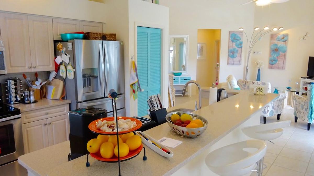 villa escape to paradise in naples ferienhaus in naples. Black Bedroom Furniture Sets. Home Design Ideas